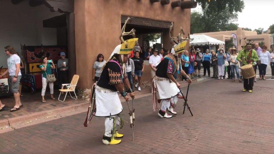 Walking Around & Interviews – SWAIA 96th Annual Santa Fe Indian Market 2017